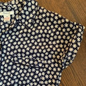 Made well cotton daisy top